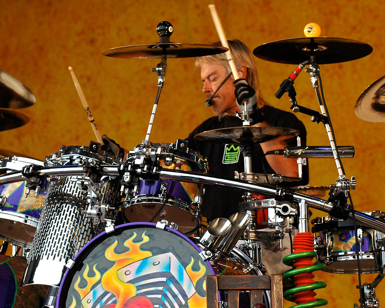 Frank Beard performs with ZZ Top at the New Orleans Jazz & Heritage Festival on May 4, 2007.