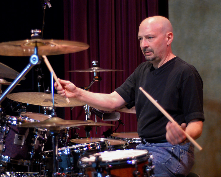 Steve Smith performs with Vital Information at Yoshi's Nitespot in Oakland on March 12, 2003.