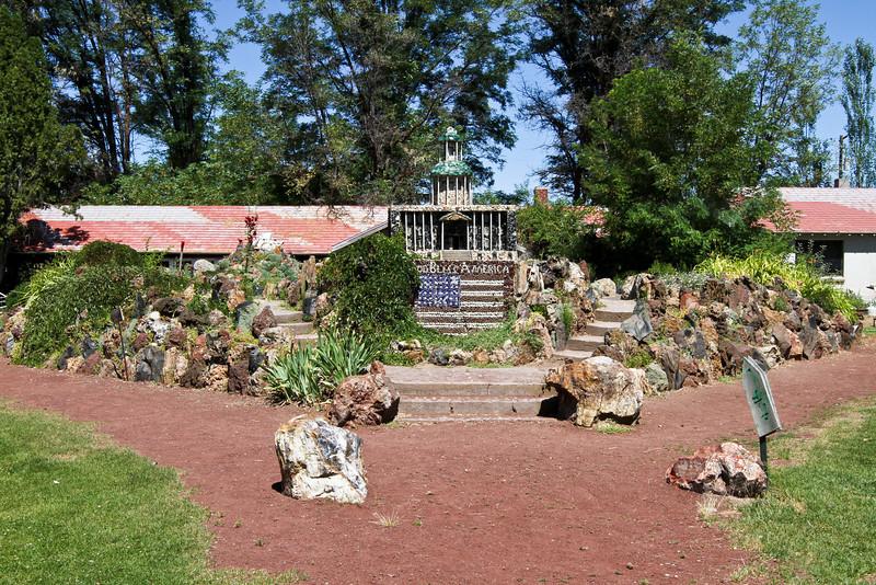 Peterson's Rock Garden 2011-4