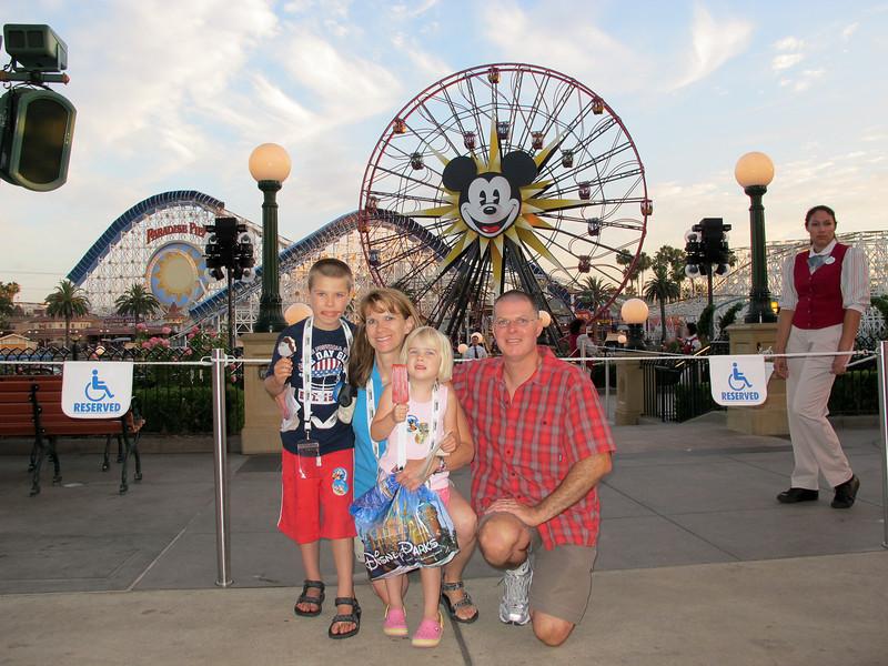 Disneyland 2012-52