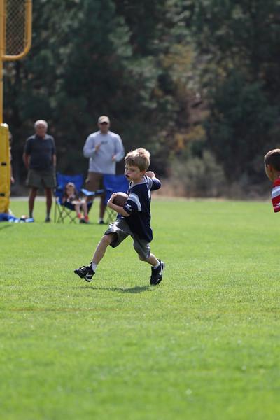 Patriots v Bucs 9.23.2012-17