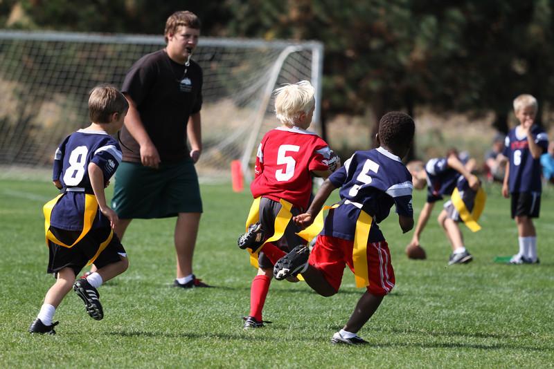 Patriots v Bucs 9.23.2012-112
