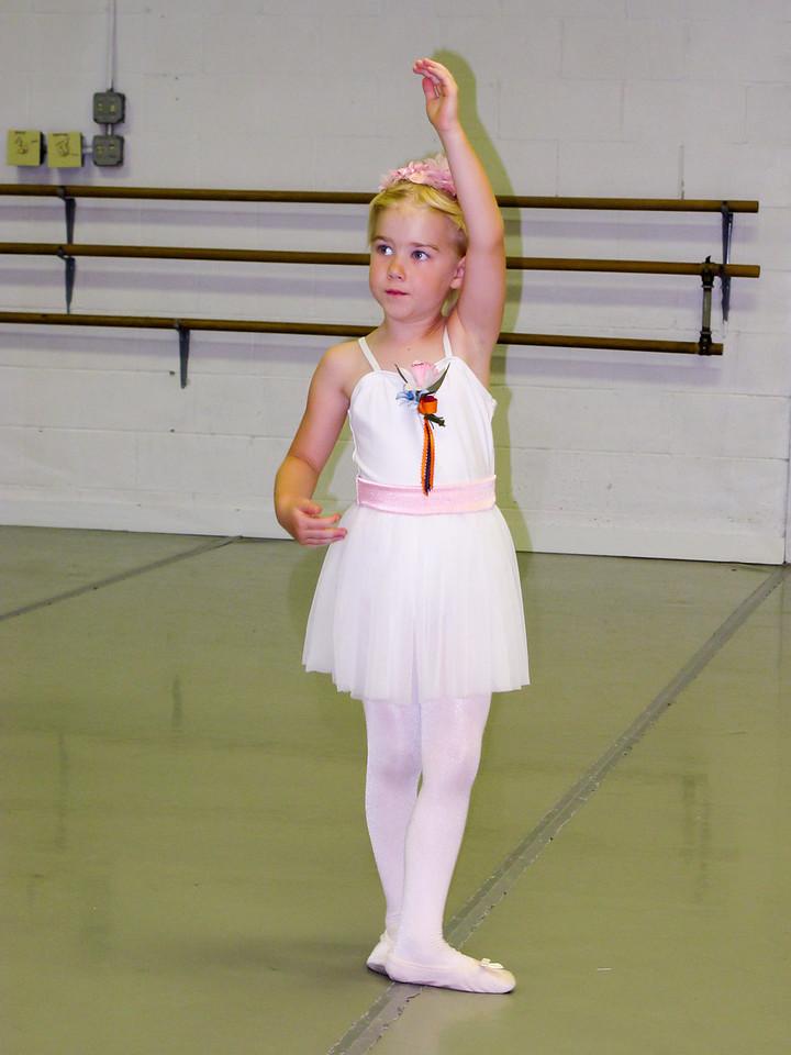 Nicole Ballet 2013-3
