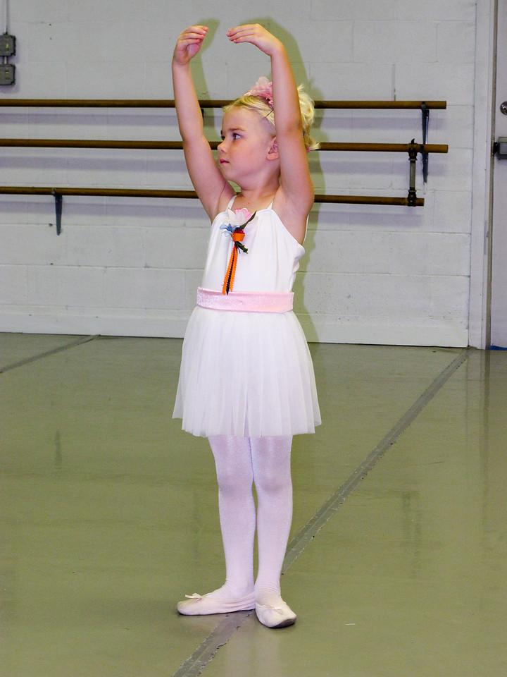 Nicole Ballet 2013-5