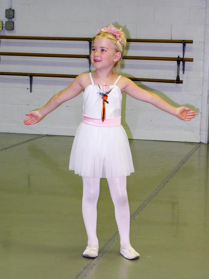 Nicole Ballet 2013-4