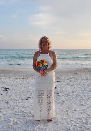 Beautiful wedding at Anna Maria Island, FL