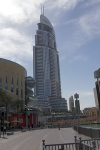 Buildings & Plaza around Dubai Mall