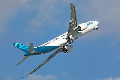Airbus Industrie Airbus A330-941 F-WTTN 11-171-9 2