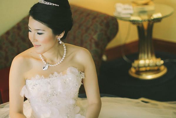 Western Bride | Dubai Wedding Photographer