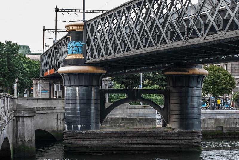 Tara Street Railway Bridge