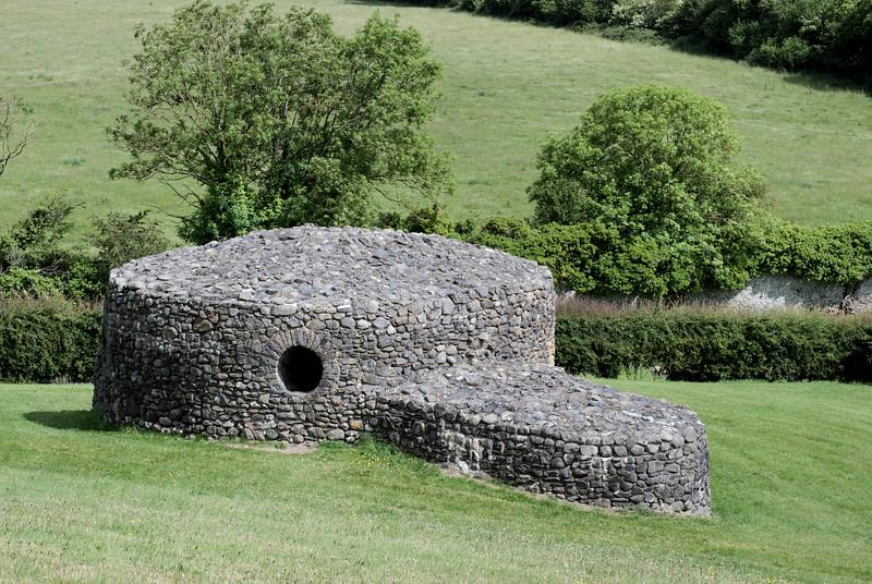 Newgrange structures