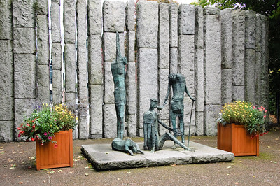 WolfeTone & Famine Memorial