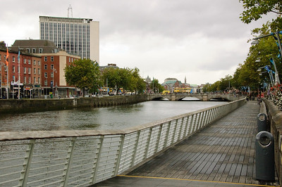 Eden Quay Promenade (1)