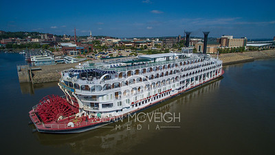 Majesty on the Mississippi