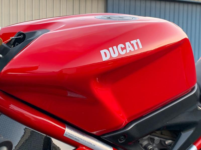 Ducati 1098R -  (2)