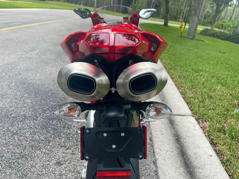 Ducati 1098S -  (4)