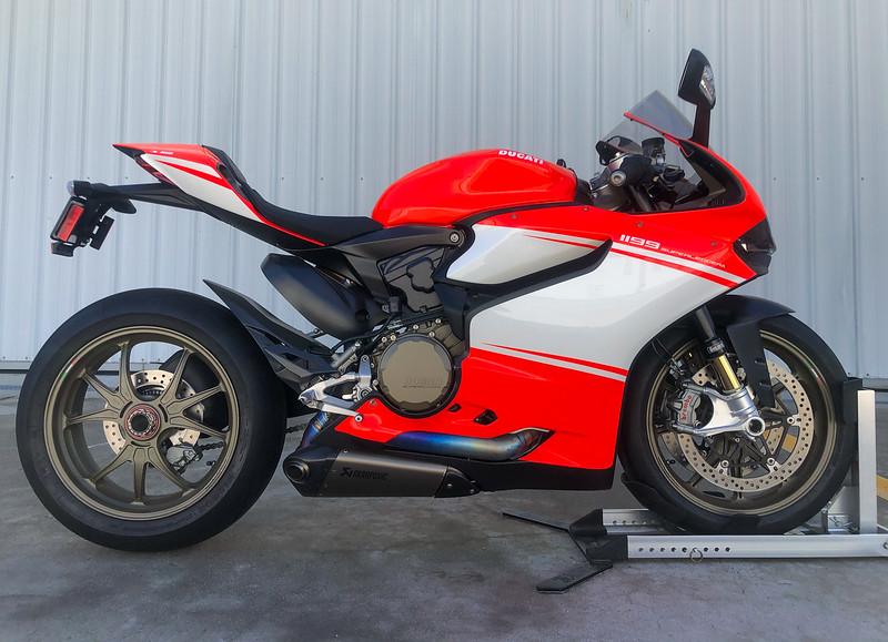 Ducati 1199 Superleggera -  (18)