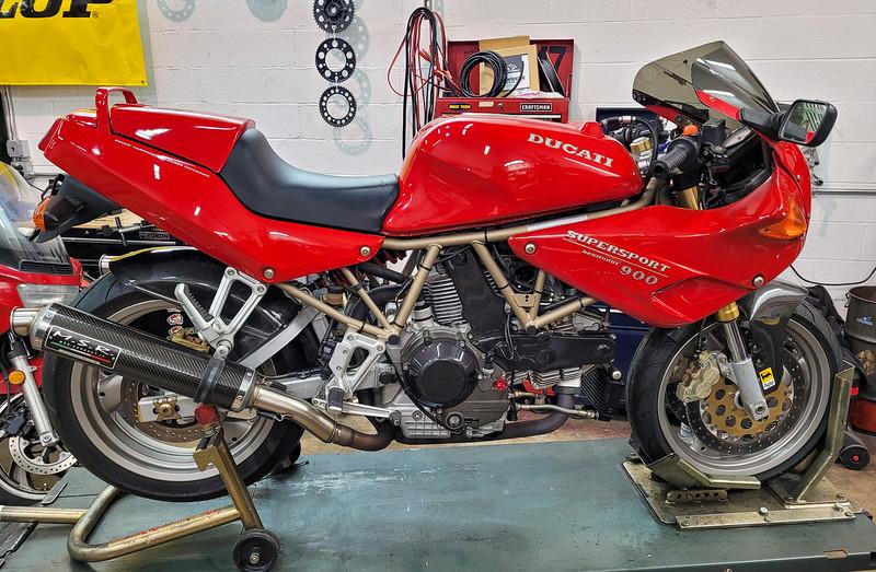 Ducati 900SS -  (1)