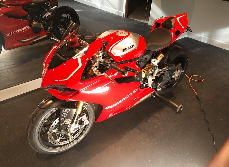 Ducati Panigale 1199 R -  (1)