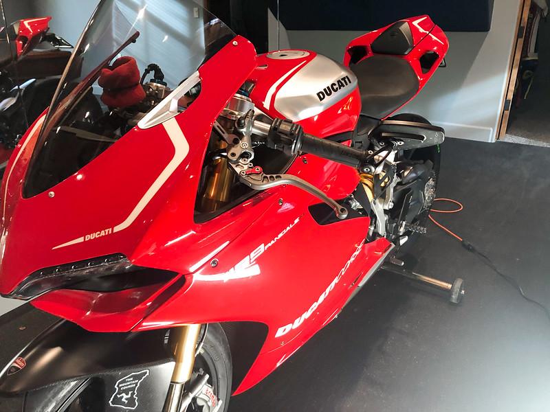 Ducati Panigale 1199 R -  (18)