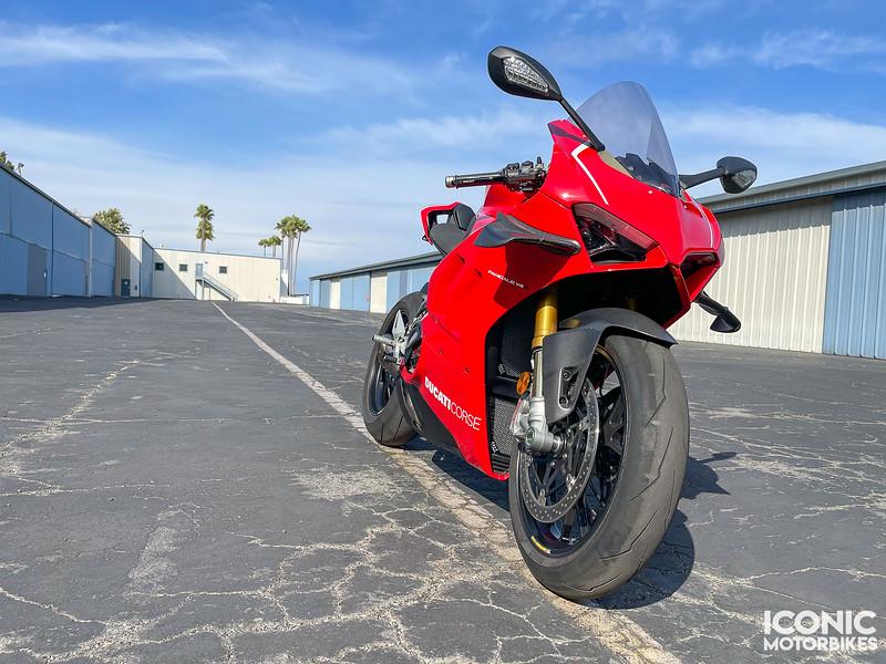 Ducati Panigale V4 R -  (1)