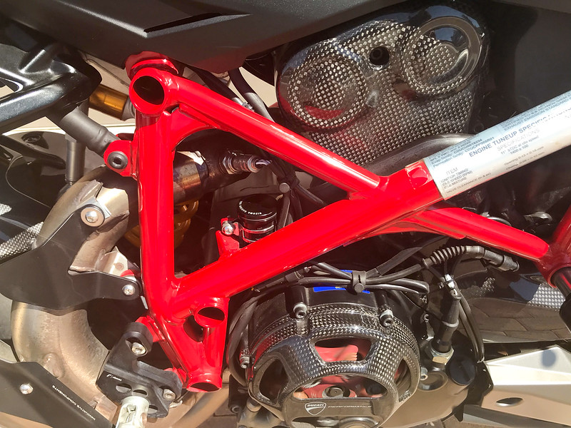 Ducati Streetfighter 1098S -  (16)