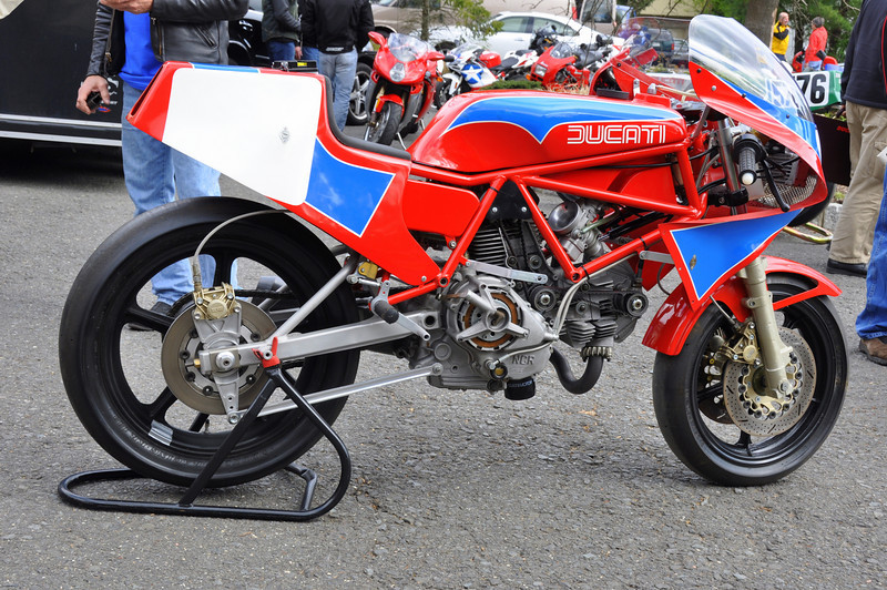 Ralph Stechow's TT1 has a long and illustrius history, eventually ended up with Dale Newton as a stablemate of Old Blue, the famous Daytona winner.  It's provanance is impecible.  Ralph was kind enough to fire it up for us all to enjoy