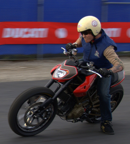 That's Roland on the Hypermotard he built, playing around at the end of the day for a magazine photo shoot