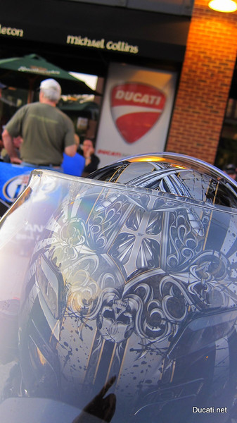 The pub clearly supports the Ducati community, it's a great location, the weather was crisp and cool and the crowd came out in good numbers.  There was even a gal playing a violin that she brought on her bike. <br /> Great fish and chips, iDesmo, we are jealous of your bike night!