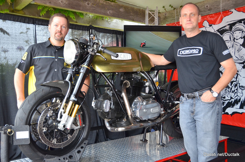 "Matt Sage from Ohlins and Rich Lambrechts with the DesmoPro ""Cafe 31""  Cafe racer TV custom ""BevelSedici"""