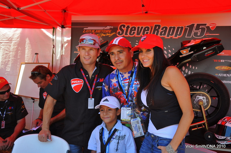 Lots of AMA riders on the Island all weekend.  That's Steve Rapp on the left