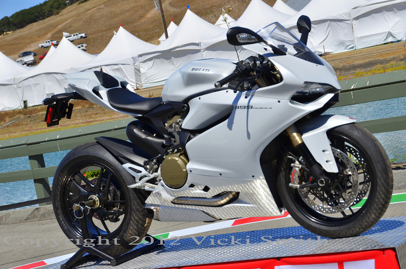 1199 Panigale in white, Beautiful!
