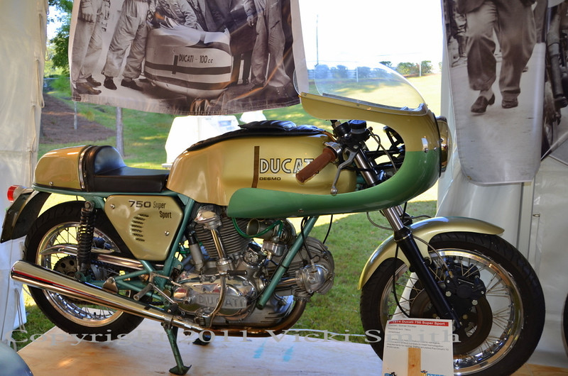 """This is an unrestored 750 Super Sport """"Green Frame"""""""