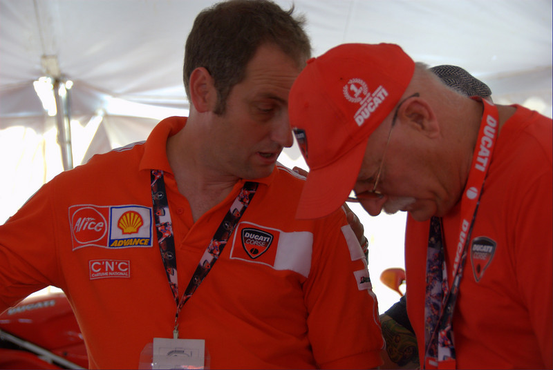 Back in Superbike Concorso Rich Lambrects and Brian Slark confer with Jeff Nash and Brian Catterson to make the final choices