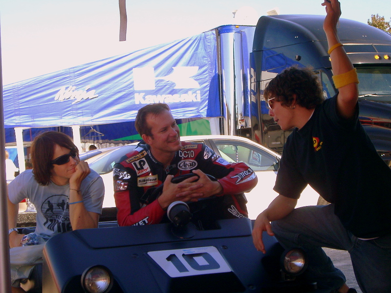 That's Doug Chandler with the Haydens.  He was racing a Ducati in Formula Xtreme