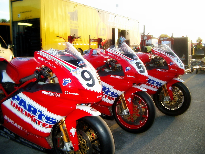 Big weekend for Ducati, three 999's in Superbike, factory riders and crew.