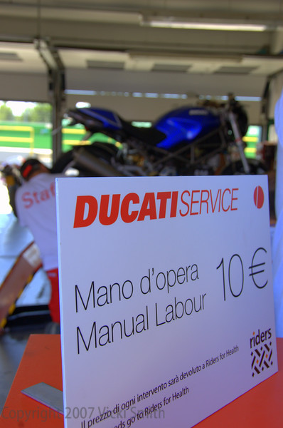 If you still haven't figured out that this truly was Ducati heaven, here's absolute proof! (10 euros is about 14 dollars, not bad for a factory tech's attention, huh?)