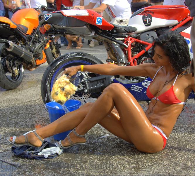 Bike wash, Italian style