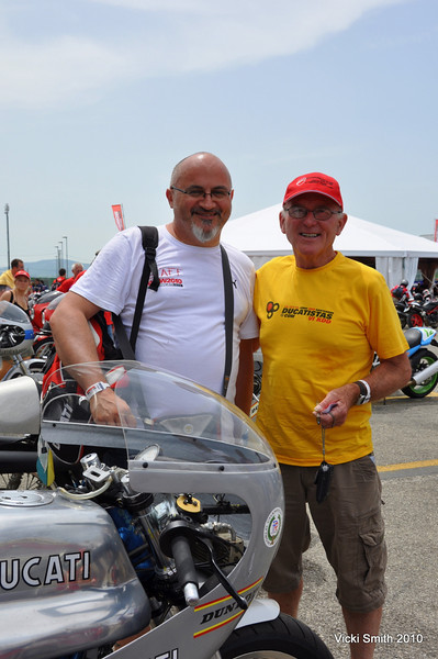 Or Livio Lodi, Ducati Museo curator and Paul Smart, who needs no introduction to this group