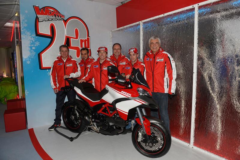 (From left) Paolo Ciabatti, Vittoriano Guareschi, Nicky Hayden, Bernhard Gobmeier, Andrea Dovizioso, Gabriele Del Torchio