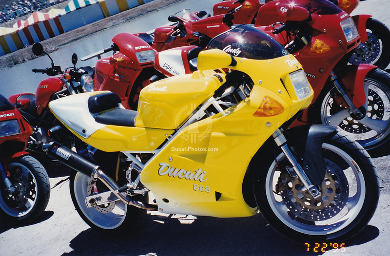 True big boy bad ass started with the water cooled bikes, 851, 888 like this one and any 916/955 was held in full on awe.