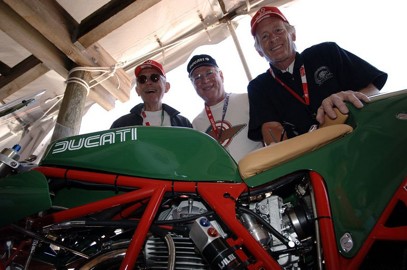 Phil and Cook admire Kevin Bracken's retro machine. This bike was a magnet for famous guys - every time I looked over there was a famous racer or journalist pouring over the bikes endless incredible one off details