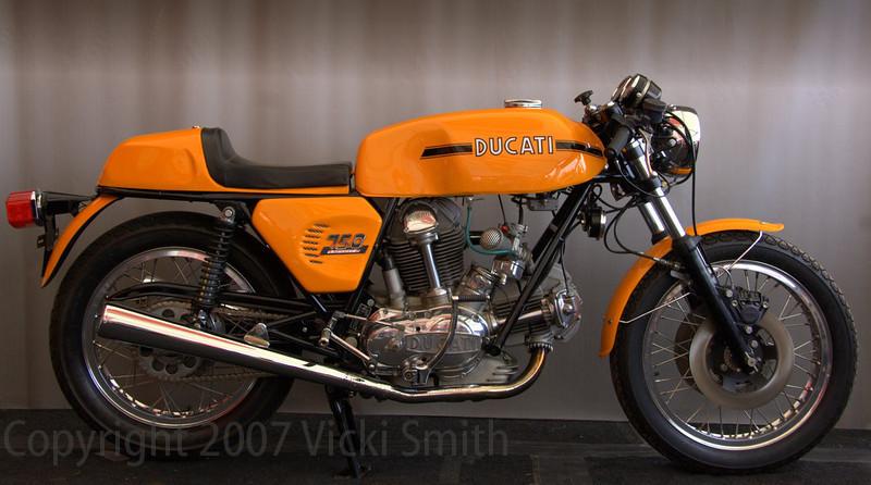 Peter's 1974 750 Sport
