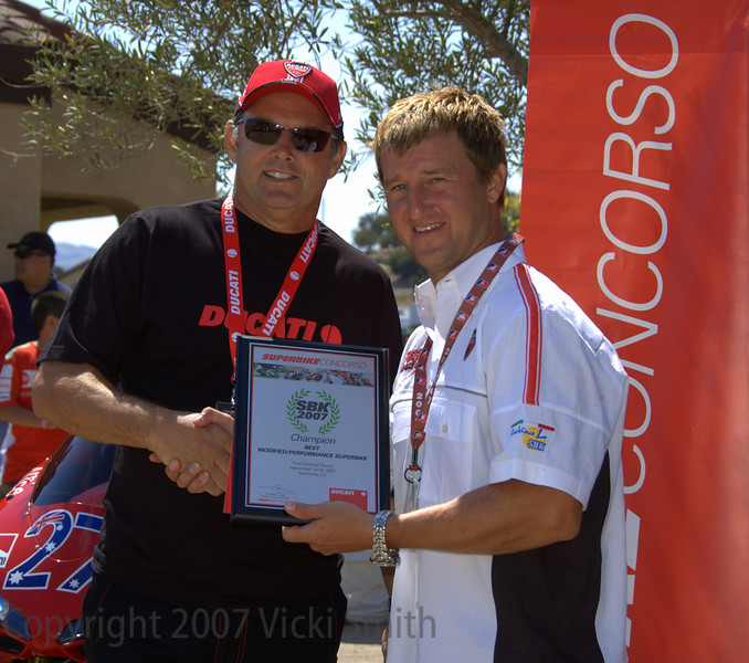 Dwayne Frye gets the Best Modified award. All that work earn's him a visit behind the red door to Ducati Corse in Bologna!