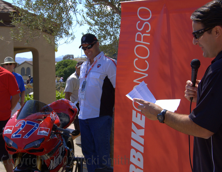 And the winner is.... People's Choice... John Bragg's beautiful Casey Stoner tribute 1098S!