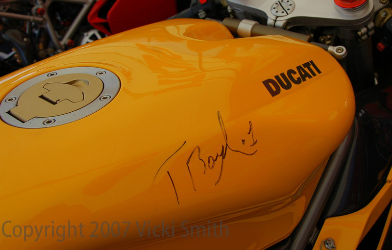 Troy Bayliss signature on the tank
