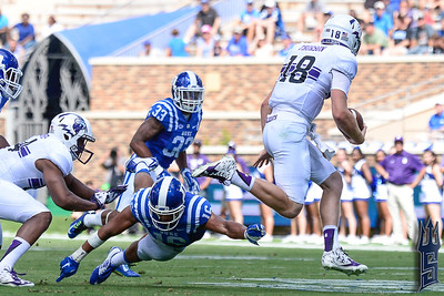 Jeremy Cash goes for the tackle / Duke Blue Devils / Photo by Chris Summerville