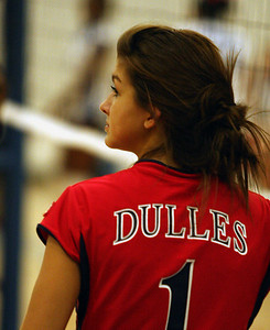 Dulles Freshman Volleyball 2009