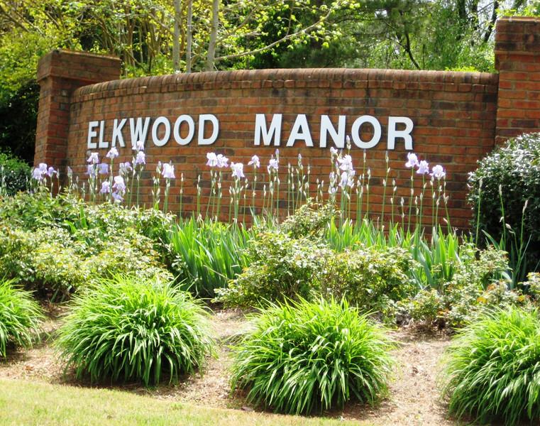 Elkwood Manor-Duluth