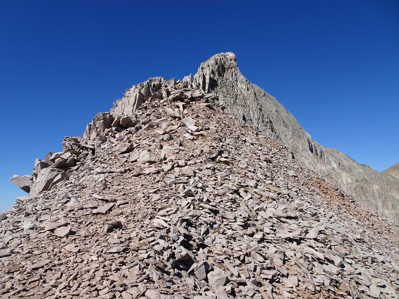 46 Scree and more heading up